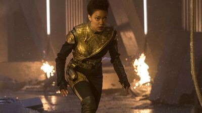 'Star Trek: Discovery' Pays Homage to Star Wars & Plots a Course Home