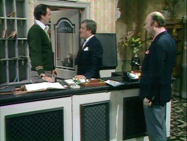 File:The hotel inspectors.jpg