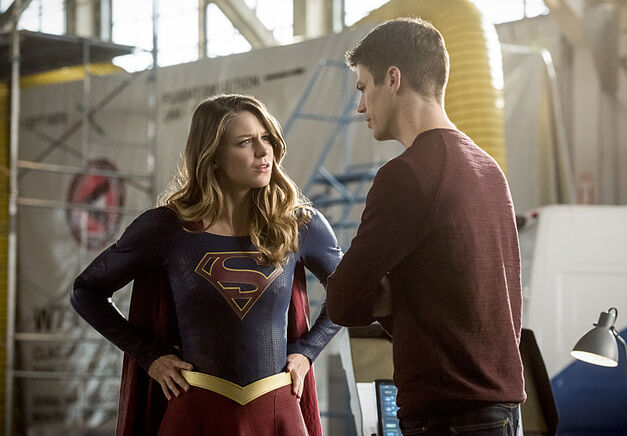 "The Flash -- ""Invasion!"" -- Image FLA308b_0445b.jpg -- Pictured (L-R): Melissa Benoist as Kara/Supergirl and Grant Gustin as Barry Allen -- Photo: Dean Buscher/The CW -- ÃÂ'Ã'© 2016 The CW Network, LLC. All rights reserved."