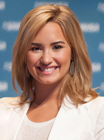 File:Demi Lovato May 2013.jpg