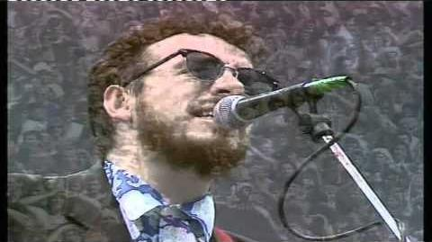 All you need is love - Elvis Costello - LIVE AID 1985 HD