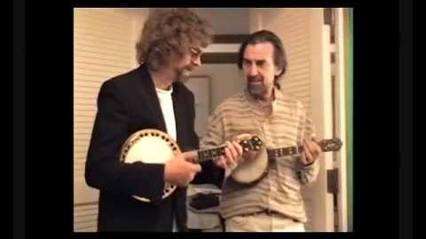 Jeff Lynne & George Harrison play banjos