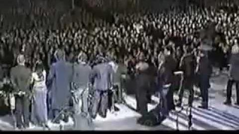 Hey Jude - Pavarotti & Friends - Live
