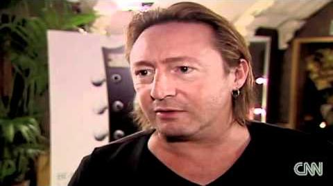 CNN Breaking News - Julian Lennon shares Beatles memorabilia