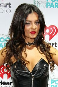 Bebe-Rexha-Height-Weight-Body-Meausrements-Age-Bra-size-1