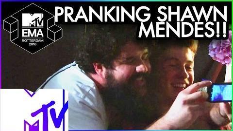 Bebe Rexha Pranks Shawn Mendes - 2016 MTV EMA