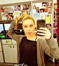 Becca-tobin-glee-make-up-hair-trailer-7-w352