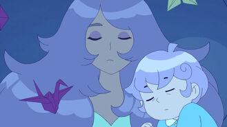 Cardamon mom cuddle