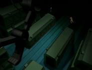 Bestia en la nave de tetrax junto a el