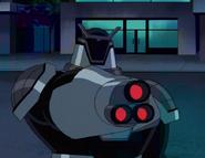 Robot Techadon blanco con nueva arma