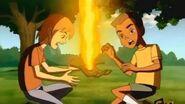 Mano de fuego pantanoso lanzando fuego