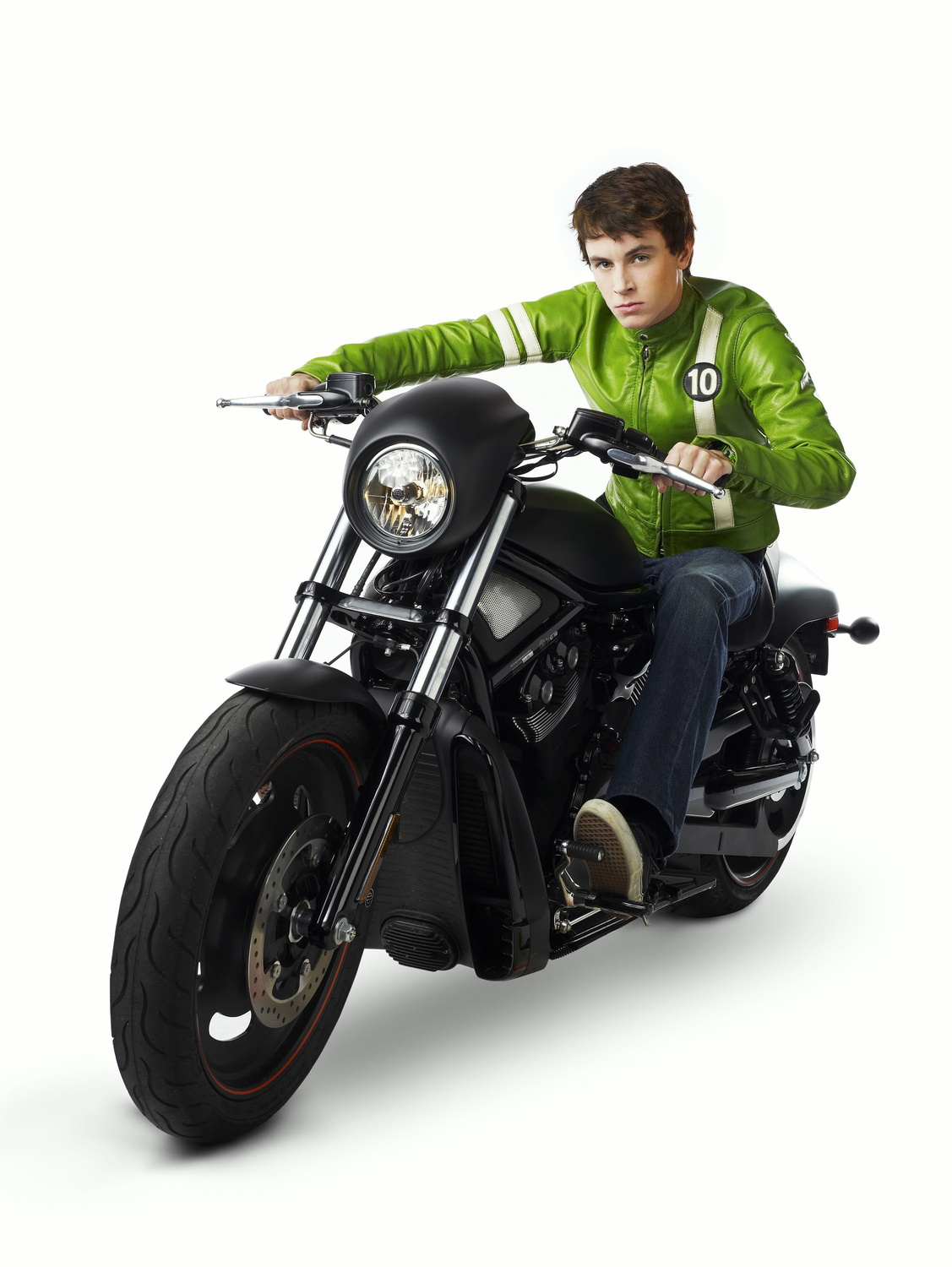 Ben_Tennyson_in_Alien_Swarm_motorcycle.png