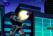 Robot Techadon lanzando misiles