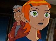 Gwen mirandoa ben como ultra t