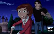 Gwen preocupada con Kevin atras