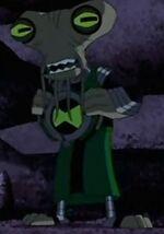 Azmuth con el omnitriz 2