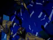 Dnaliens rompiendo una ventana