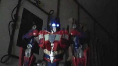 Bull Megazord Singing Mighty Morphin Power Rangers Theme