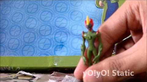 Ultimate Echo Echo, Rath, Swamp Fire Ben 10 Action Figures Review (Part 3 of 3)