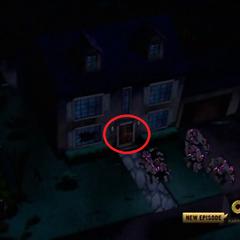 Niezniszczone drzwi Gwen z zewnątrz