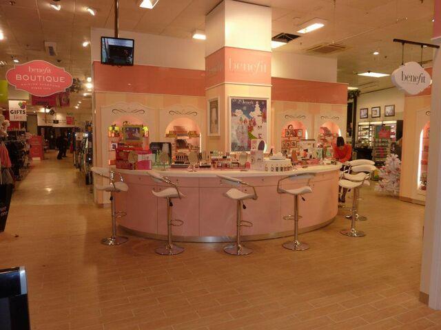 File:Debenhams Norwich Boutique.jpg