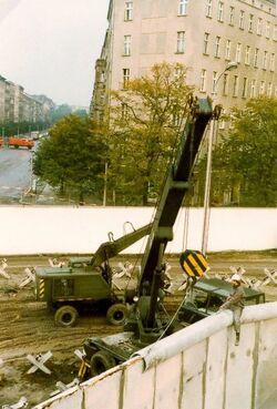 Mauer axb02
