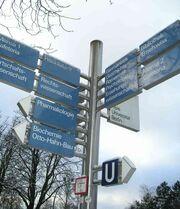 Freie Universität Berlin Wegweisersystem im Winter 01-2005