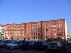 Berlin elsenstrasse graetz-gebaeude 20050208 p1000354