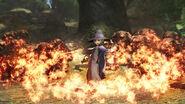 Schierke ataca a trolls con fuego (Berserk Musou)