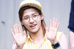Photos-b1a4-cnu-at-e2809cwhat s-going-one2809d-fansign-in-daejeon-4
