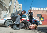 1x03 Джимми и полиция