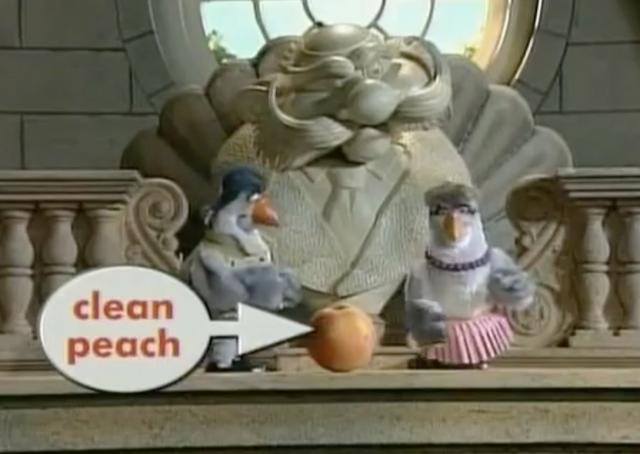 File:Pigeons Clean Peach .png
