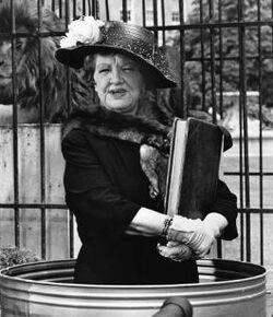 Aunt Clara