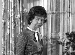 Gladys Kravitz Pearce