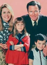Stephens Family Season 8 PR Photo
