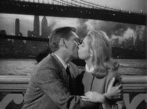 Darrin Samantha Kiss NYC 1×01