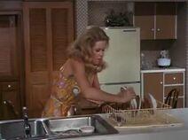 S4E9 - Samantha stacking dishes