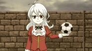 Young Phi's soccer skills