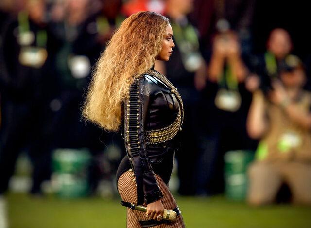 File:BeyonceFormation2.jpg
