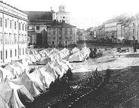 Białe miasteczko w Warszawie