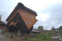 Dom w Szymbarku