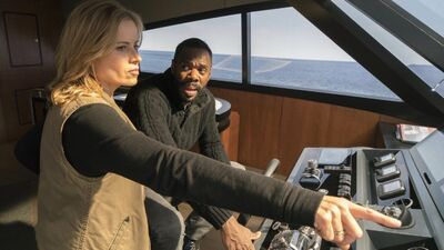 'Fear the Walking Dead' Season 3B: Madison and Strand Up to Their 'Old Hijinks'