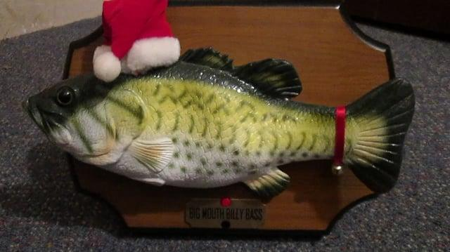 Big Mouth Billy Bass sings for the holidays!