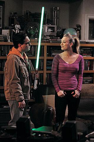 File:S5EP15 - Leonard and Penny.jpg