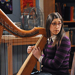 Amy and her harp.