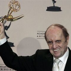 Bob Newhart wins a 2013 Emmy for his portrayal of Professor Proton.