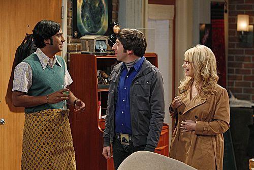 File:BBT - Raj, Howard and Bernadette.jpg