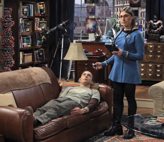 File:The launch acceleration Sheldon and Amy Star Trek.jpg