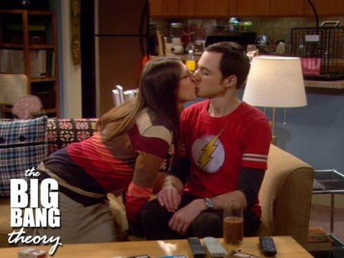 File:Shamy kiss.jpg