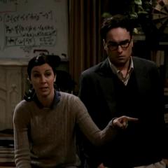 Gilda and Leonard in the original pilot.